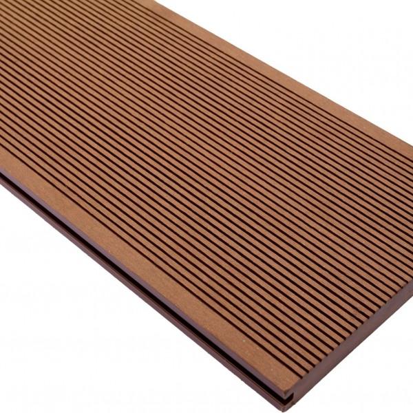 Vareprøve Terrassebord WPC komposittgulv massiv brun 20cm bredde